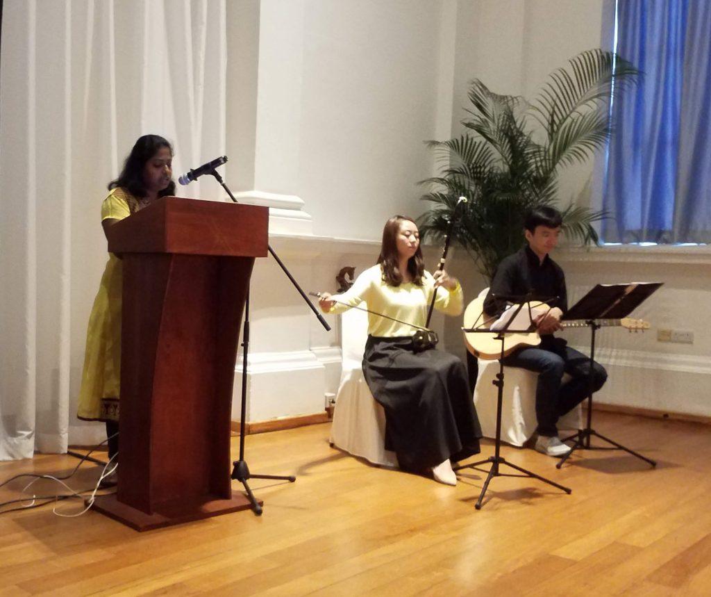 新加坡诗歌节 vs 马来西亚诗歌节