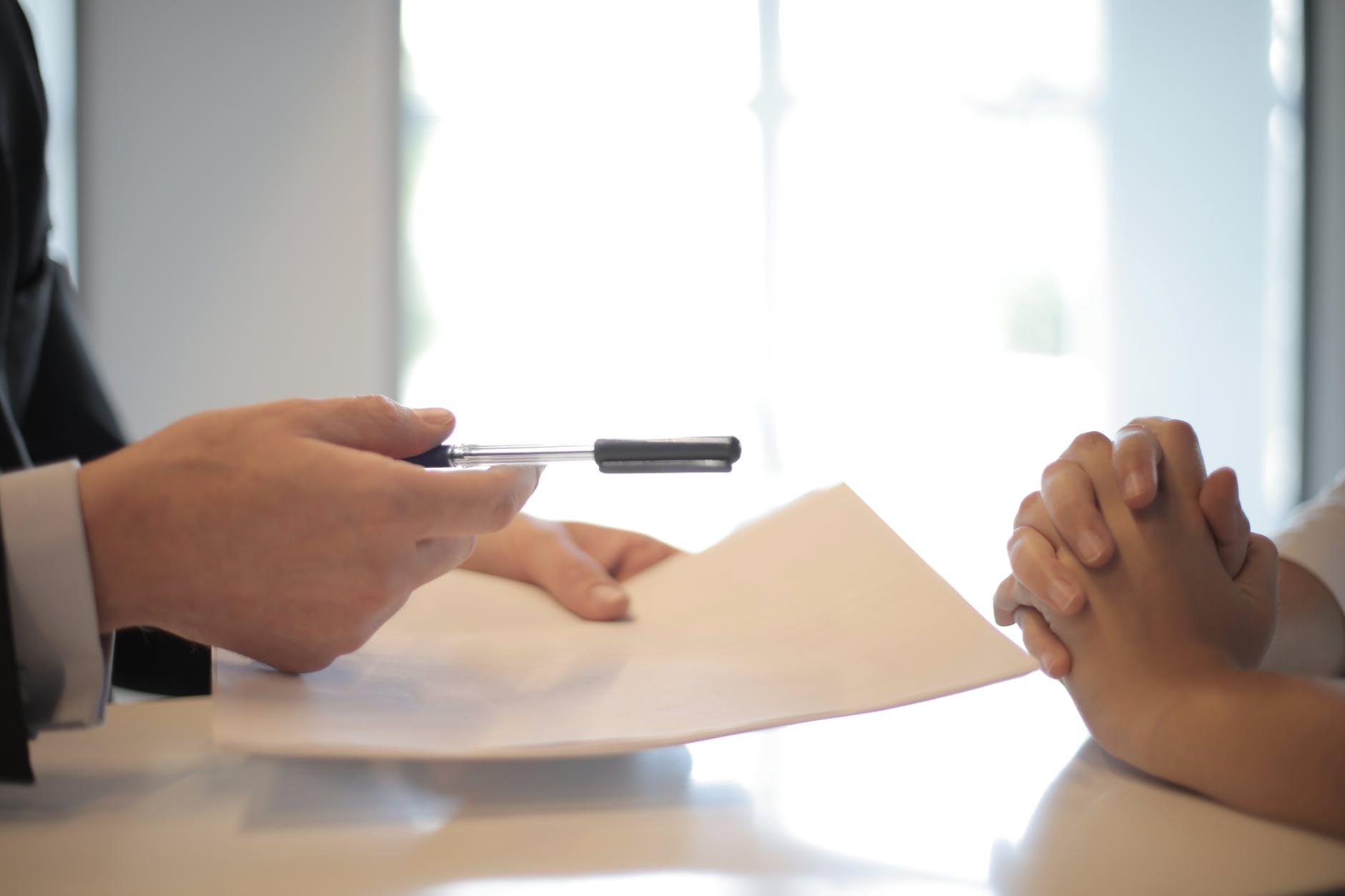 大镜保险值得买吗?保险公司算准了不会赔钱。