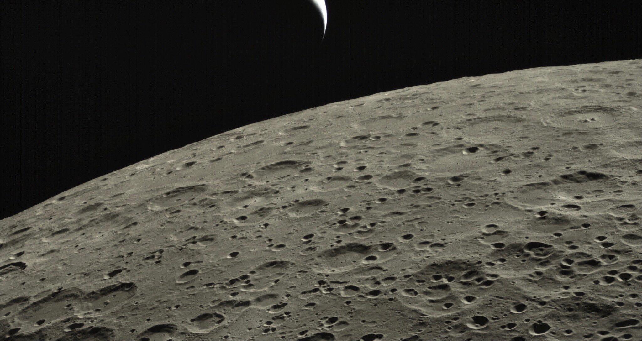 月亮何曾代表我的心